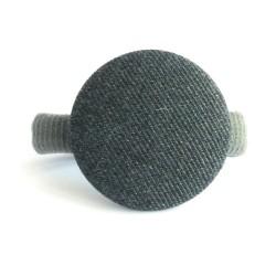 Botón forrado gris